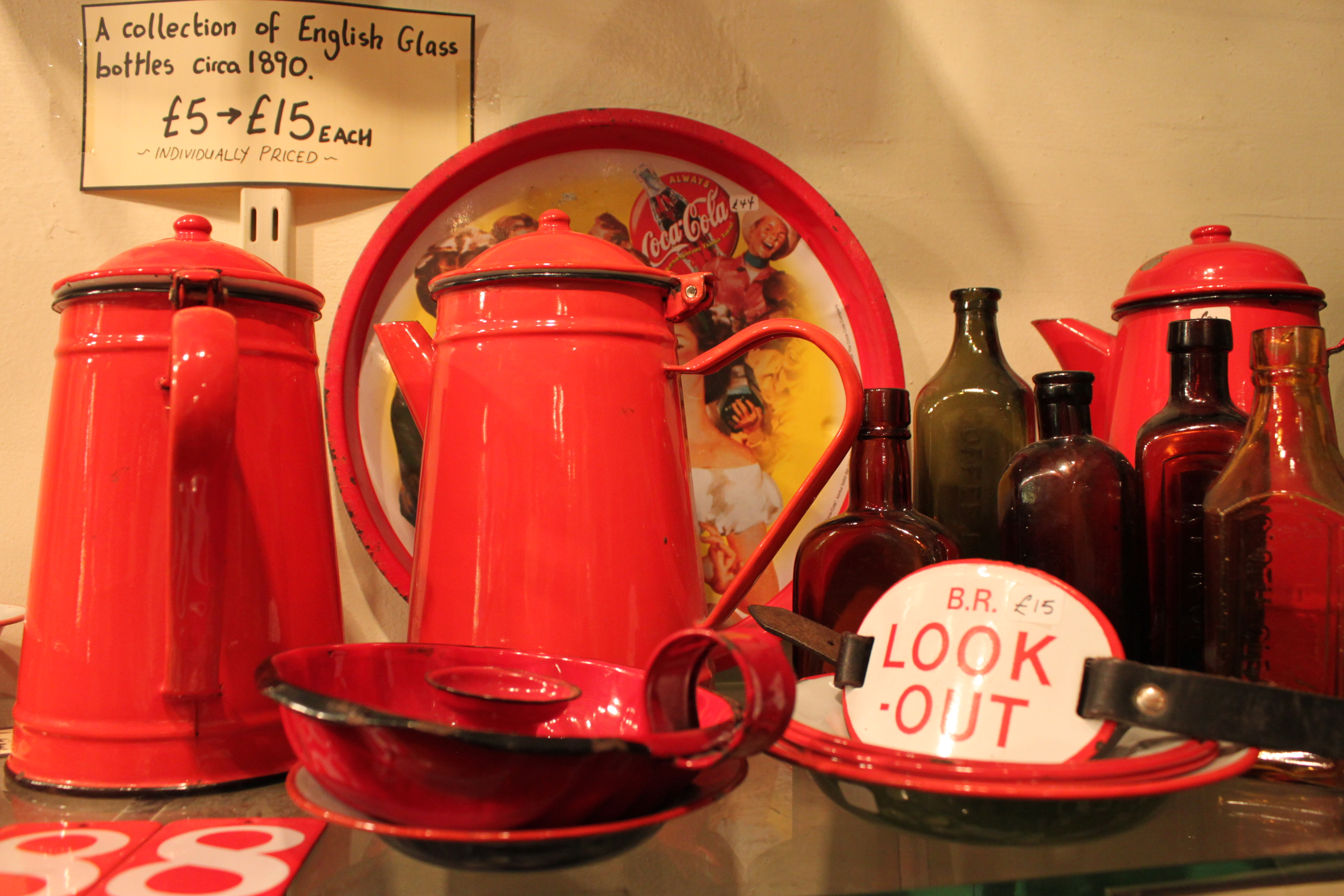 capture the colour contest - red - cups and pottery in portobello london uk