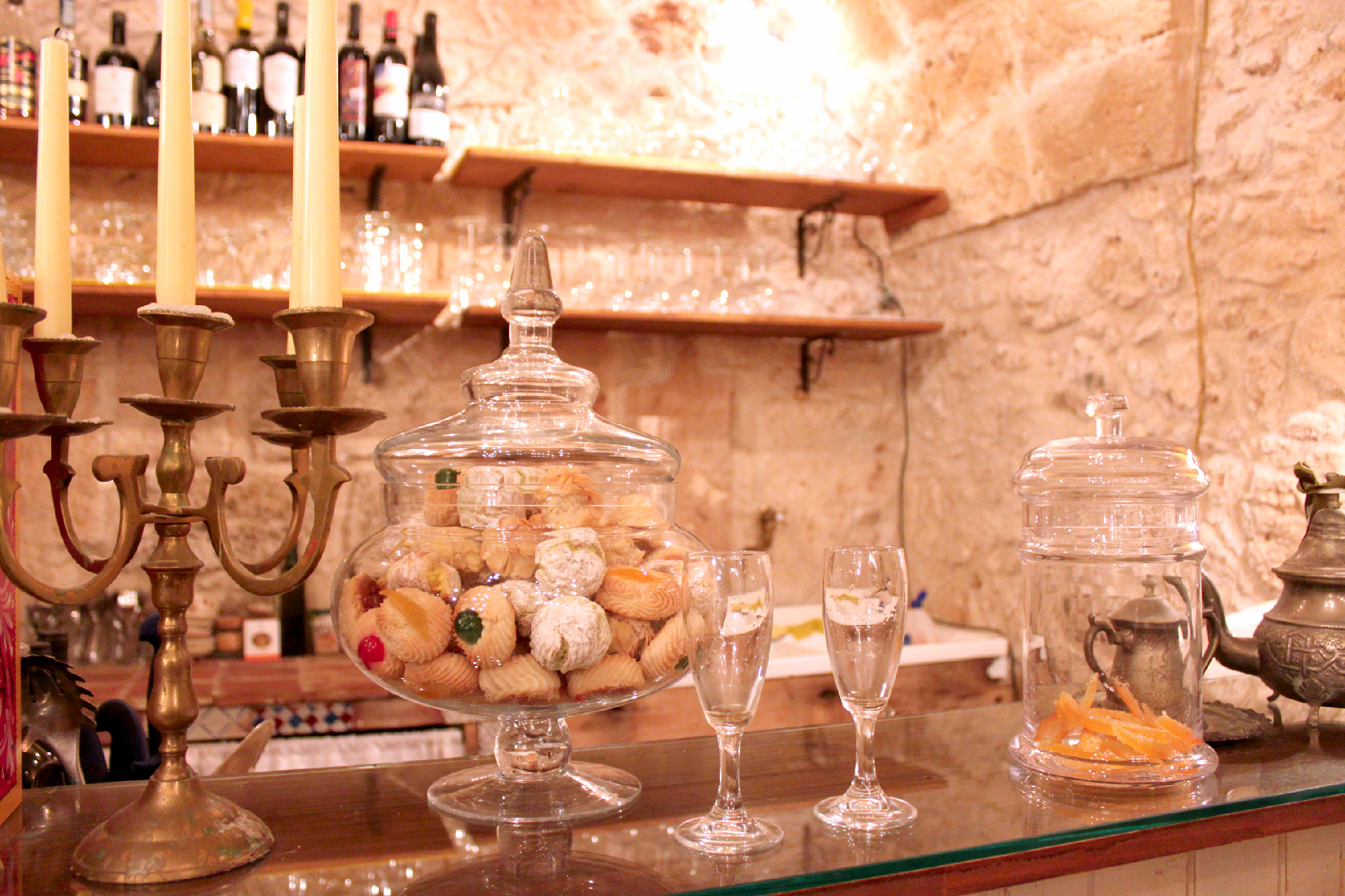 capture the colour contest - white - drinks in marzamemi sicily italy