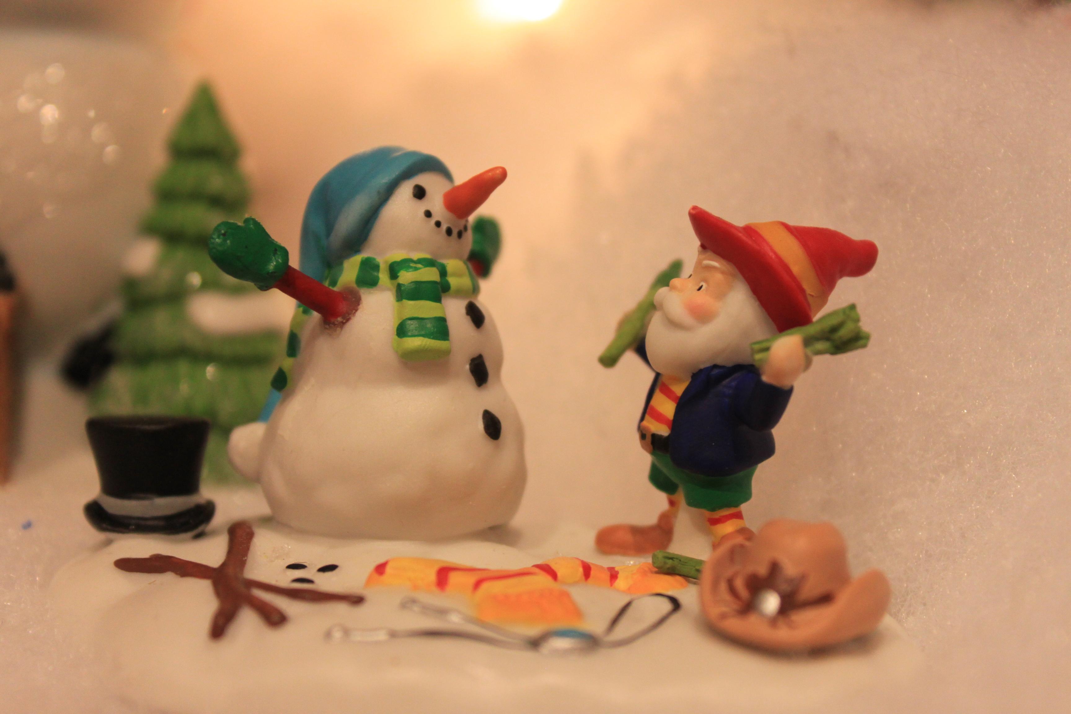 babbo natale e pupazzo di neve tenerini