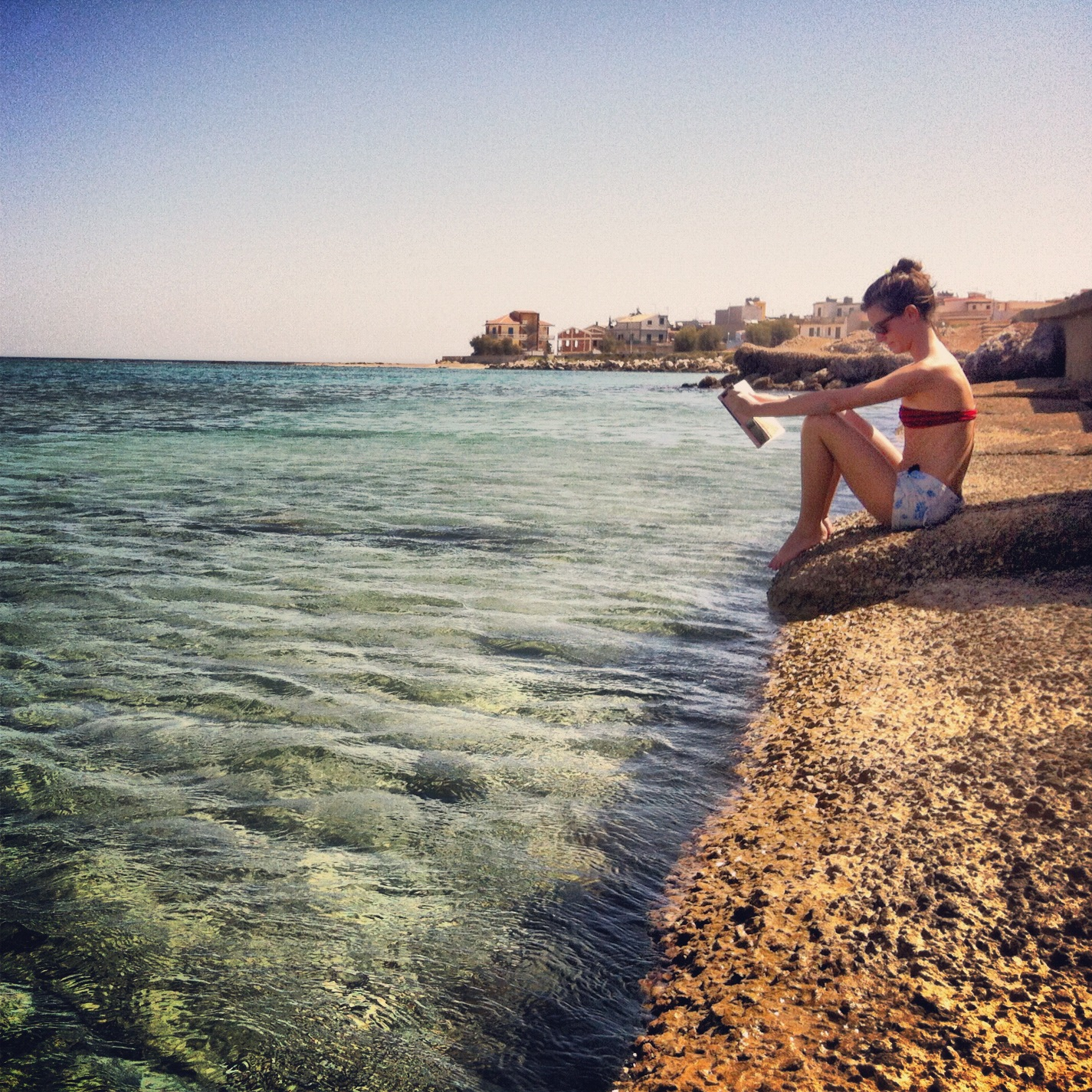 letture in riva al mare